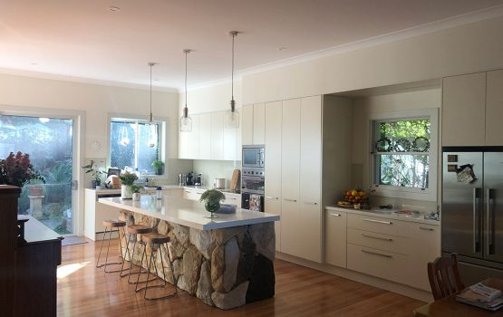 Licensed and Trustworthy Local Painters in Edgecliff